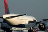 DELTA BOEING 777 200LR SYD RF IMG_6482.jpg