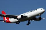 QANTAS AIRBUS A330 200 MEL RF IMG_7853.jpg