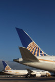UNITED BOEING 787S IAH RF IMG_8896.jpg