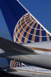 UNITED BOEING 787S IAH RF 5K5A9044.jpg