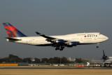 DELTA BOEING 747 400 NRT RF 5K5A9586.jpg
