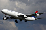 SOUTH AFRICAN AIRBUS A340 300 JNB RF 5K5A0578.jpg