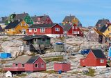 Aasiaat colourful houses