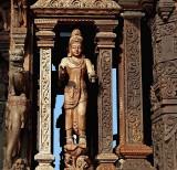 Figure in gateway