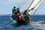 31 Douarnenez 2006 - Jeudi 27 juillet - Pen Duick 1er voilier mythique d'Eric Tabarly
