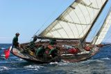 27 Douarnenez 2006 - Jeudi 27 juillet - Pen Duick 1er voilier mythique d'Eric Tabarly