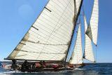 23 Douarnenez 2006 - Jeudi 27 juillet - Pen Duick 1er voilier mythique d'Eric Tabarly