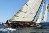 21 Douarnenez 2006 - Jeudi 27 juillet - Pen Duick 1er voilier mythique d'Eric Tabarly