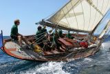 16 Douarnenez 2006 - Jeudi 27 juillet - Pen Duick 1er voilier mythique d'Eric Tabarly