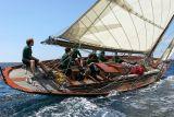 15 Douarnenez 2006 - Jeudi 27 juillet - Pen Duick 1er voilier mythique d'Eric Tabarly