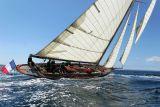3 Douarnenez 2006 - Jeudi 27 juillet - Pen Duick 1er voilier mythique d'Eric Tabarly