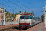 Not a french train but an italian one ! The E444-056 and an Intercity-train coming from Milano at Bordighera, near Ventimiglia.