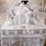 Túmulo de Inês de Castro (Depositado no mosteiro em 1360)