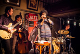 Het  'Gypsy Jazz' Trio Indifference
