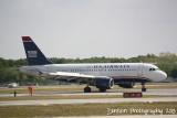 Airbus A319 (N710UW)