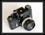 Nikon  F ...