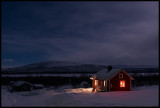 Little red house at night - Årosjokk Lapland