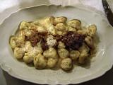 Tortellini in a cream sauce with ragù .. 5029