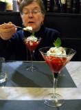 Dessert: Yogurt with raspberry sauce and chopped nuts .. 6095