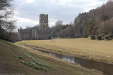 Fountains Abbey with 1DS II and iPhone 4S