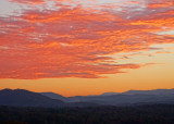 A BEAUTIFUL MOUNTAIN SUNSET  -  TAKEN WITH A SONY 18-200mm E-MOUNT LENS