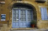 Ménerbes, blue window