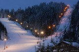 Night opening of the ski Tracks.