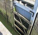 Lower gate of the skiff lock.