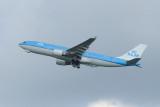 KLM Airbus A330-200  PH-AOF