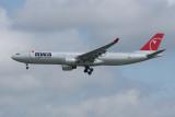 Northwest Airbus A330-300 N801NW