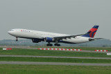 Delta Airbus A330-300 N803NW