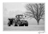 Tracteur campagne NB.jpg