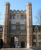 102 Cambridge Trinity gate.jpg