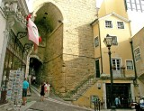 343 Coimbra Arco de Almedina.JPG