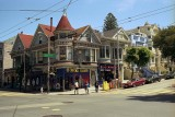 Shop and residence in SF Reala