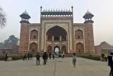 The gate to Taj Mahal M8