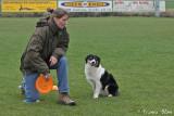 Dogfrisbee: Sandra gaat een dogcatch doen met Spot