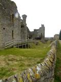 Middleham  Castle / 4