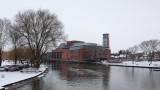 Theatre in the snow I