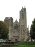 the cathedral was built in fortress style from the 12th to 16th centuries
