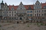 Über den Trümmern aus dem 2. Weltkrieg entsteht Neues im alten Gewand
