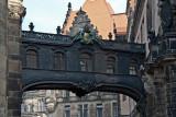 Die Brücke vom Residenzschloss zur Hofkirche
