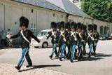 20- Royal Guard in Amalienborg.jpg