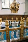 51-Interior of Vor Frelsers Kirke.jpg