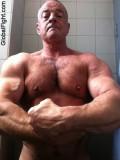 zveryhairy big muscledaddie.jpg