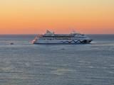 Sunrise ship...