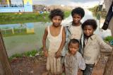 Des jeunes du quartier d'Ankasina