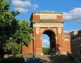 Sorte d'Arc-de-triomphe en brique,  Albi