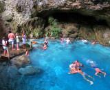 nage dans le cenote