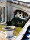 le vase et la fontaine